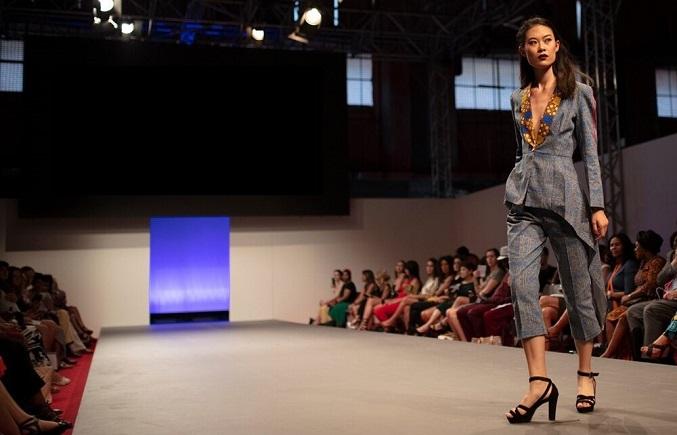 Torino Fashion Week cover _een.jpg